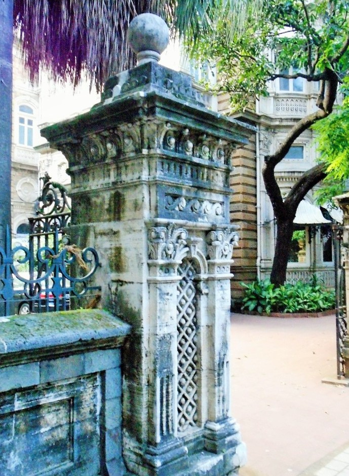 Colonial building in Mumbai