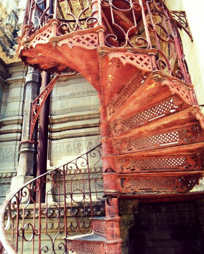 Shinde Chhatri spiral staircase photo